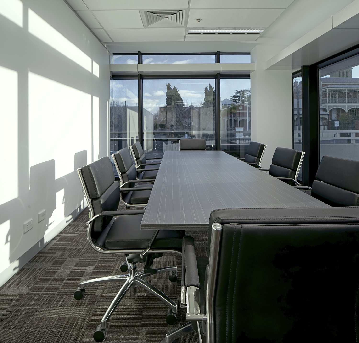 Office Furniture: Office Furniture Melbourne